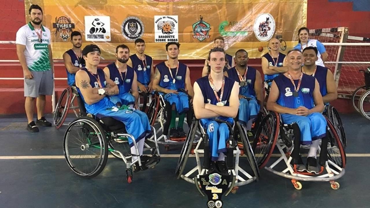 Cascavel é vice-campeã no Campeonato Paranaense de Basquete em Cadeira de Rodas