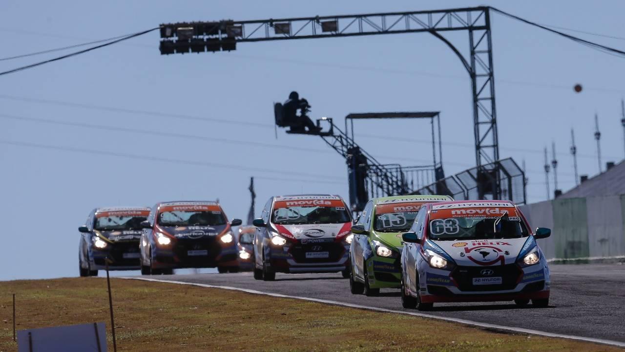 Copa Shell HB20 conclui quarta etapa com vitória de Magnabosco em Cascavel
