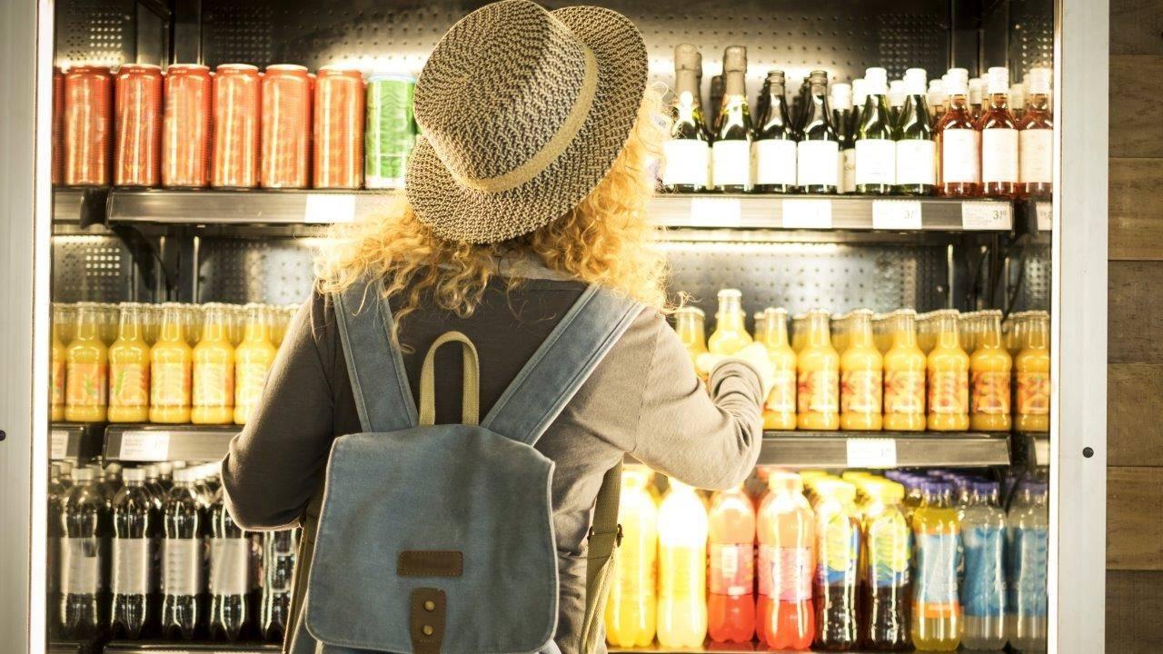 Número de distribuidoras de bebidas cresce na pandemia e dobra em relação a 2019 no Paraná