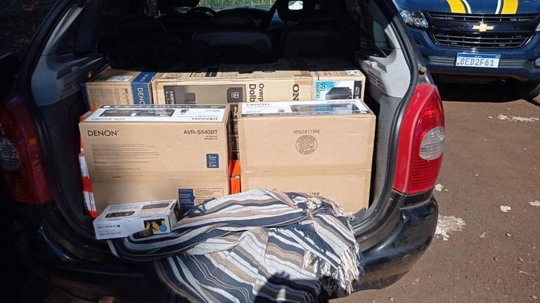 PRF apreende equipamentos de som avaliados em cerca de R$ 25 mil no Paraná