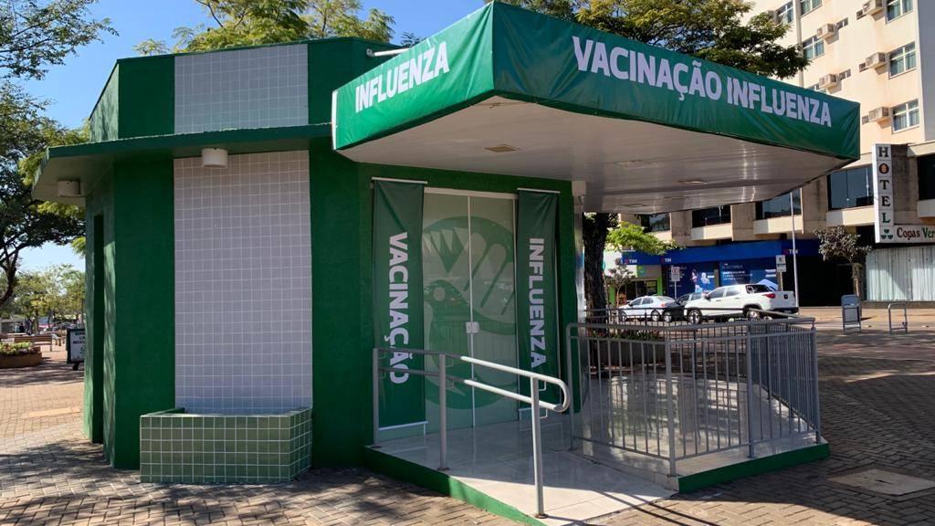 Cascavel vai ter pontos extras de vacinação contra a gripe nas redes de supermercados