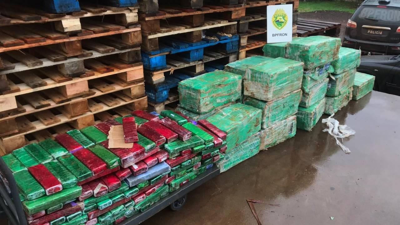 Mais de 800 quilos de maconha que vinham a Cascavel são apreendidos pelo BPFron em Maripá