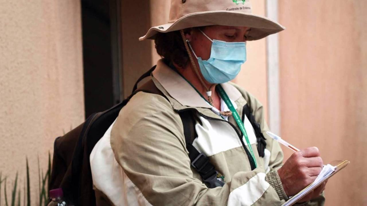 Agentes intensificam ações de combate à dengue na região do Santa Cruz