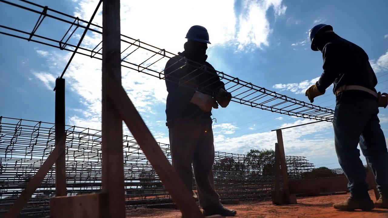 Paraná abre quase 9 mil vagas de emprego formal em julho