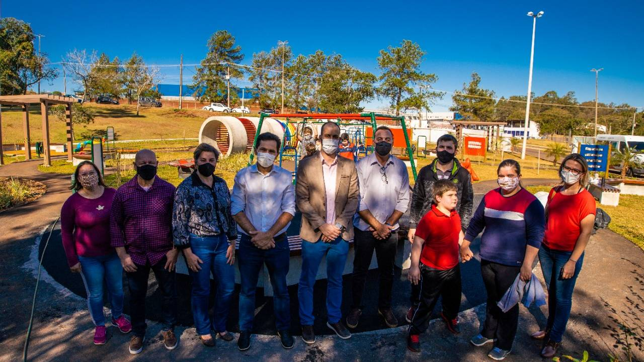 Pacheco acompanha visita da Associação Vida de Toledo para conhecer o Espaço Inclusivo em Cascavel