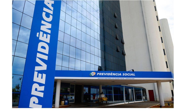 INSS adia para setembro retomada do atendimento presencial em agências