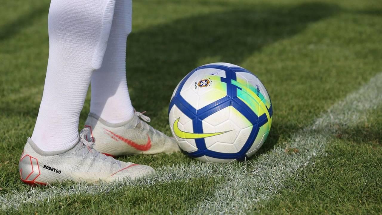 """""""Dia de craque"""" jogadores mirins de Foz e região tem a chance de jogar no Flamengo do RJ"""