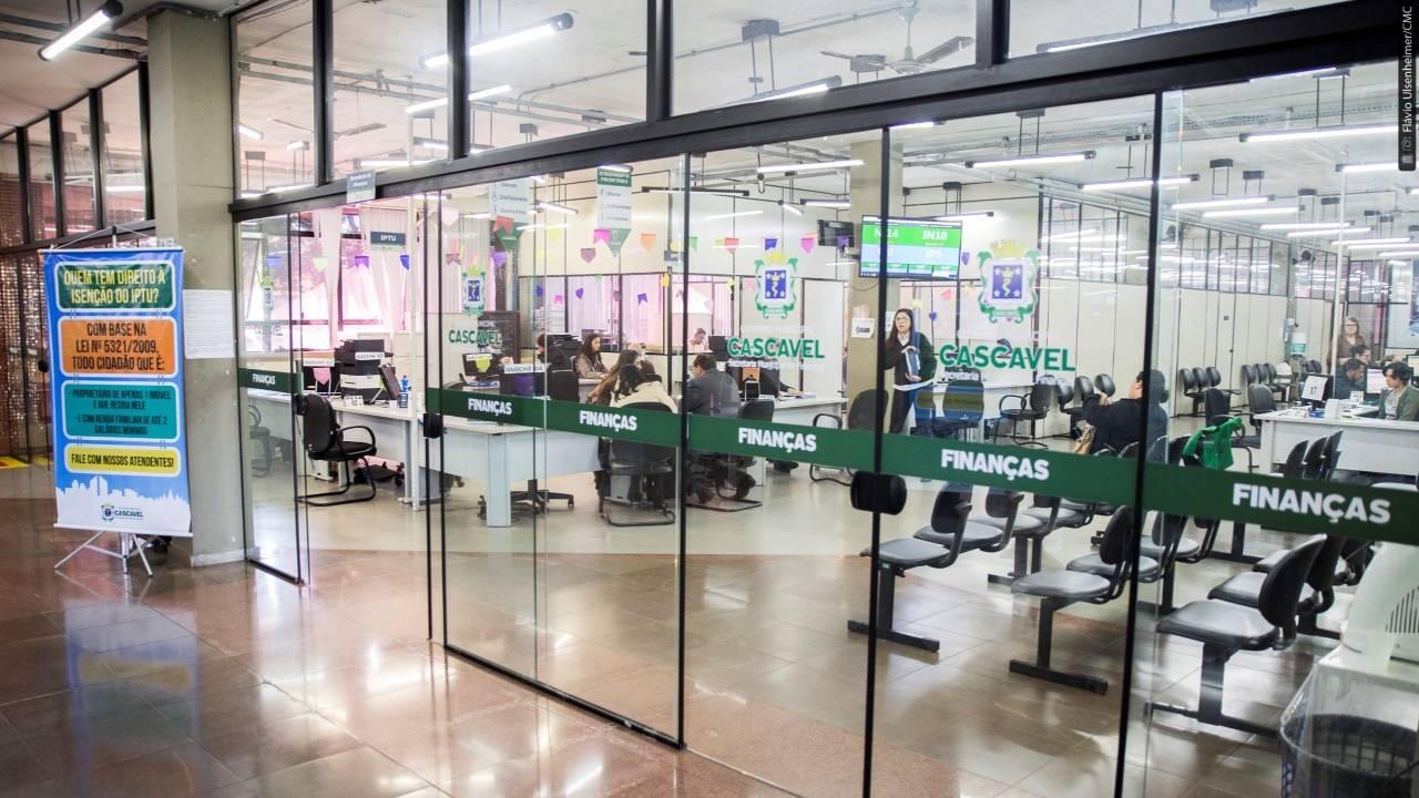 """Cabral e Josias pedem """"Refic emergencial"""" para socorrer contribuintes em dificuldades"""