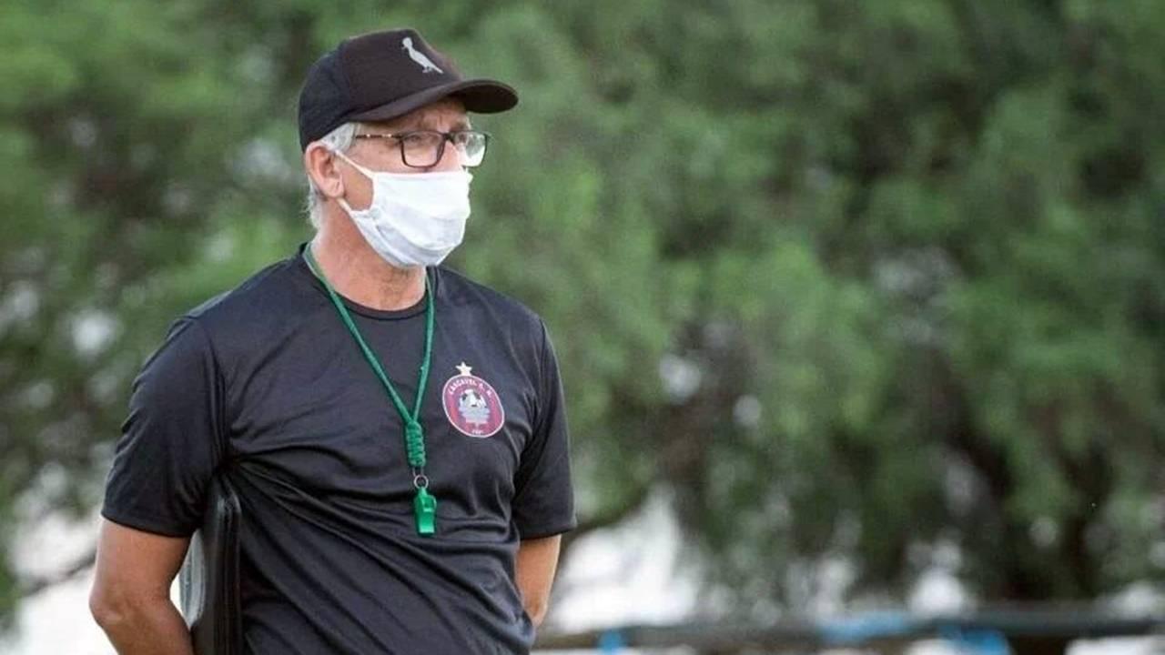 Técnico Luis Carlos Cruz deixa o Cascavel CR após acusação de falsificação de exames da Covid-19