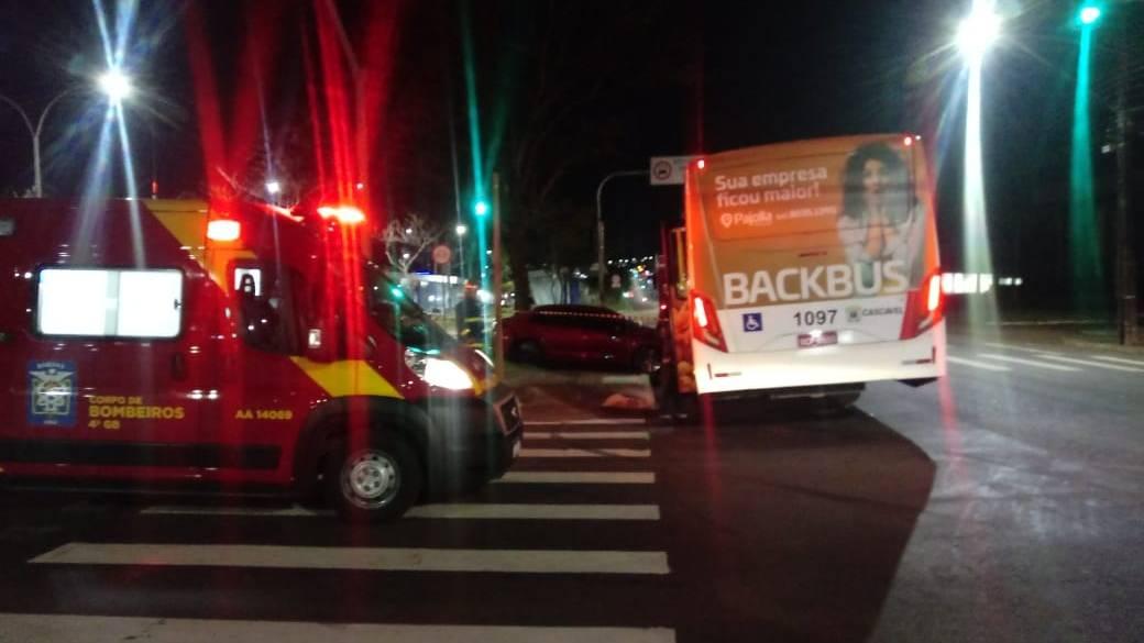 Em seis dias, três ônibus do transporte coletivo se envolvem em acidente por conversão à esquerda