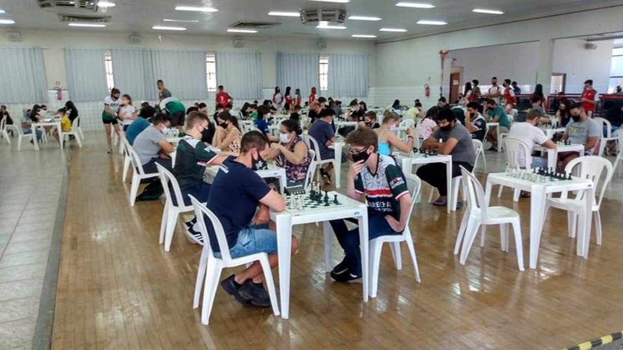 2ª etapa do Campeonato Municipal de Xadrez foi um sucesso em Toledo