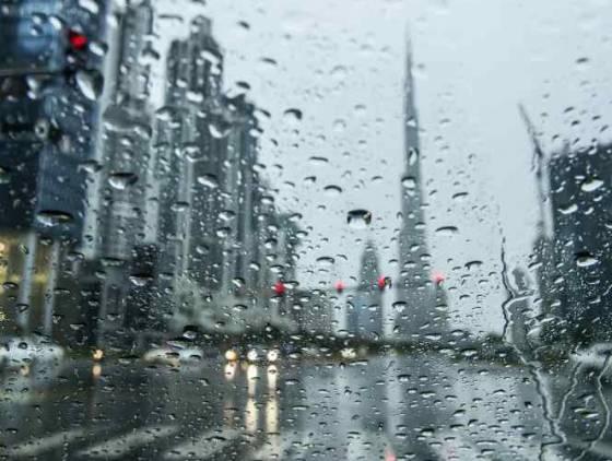 Após bater 50ºC, Dubai cria tempestade artificial para baixar temperatura