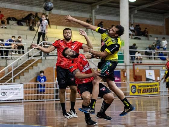 Cascavel vence na estreia da Liga Nacional de Handebol