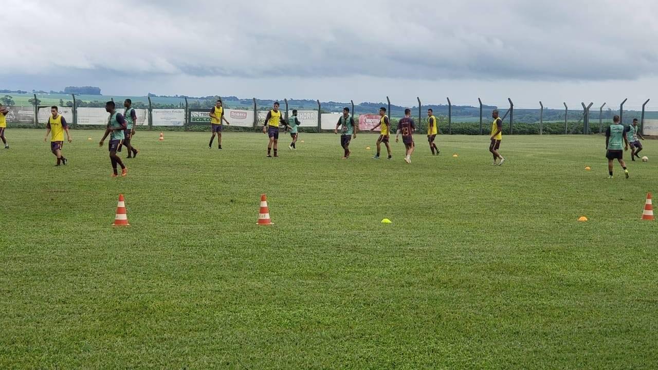 Toledo Esporte Clube apresenta mais três reforços