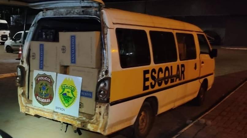 BPFRON e Polícia Federal apreendem duas vans carregadas com cigarros contrabandeados em Mercedes