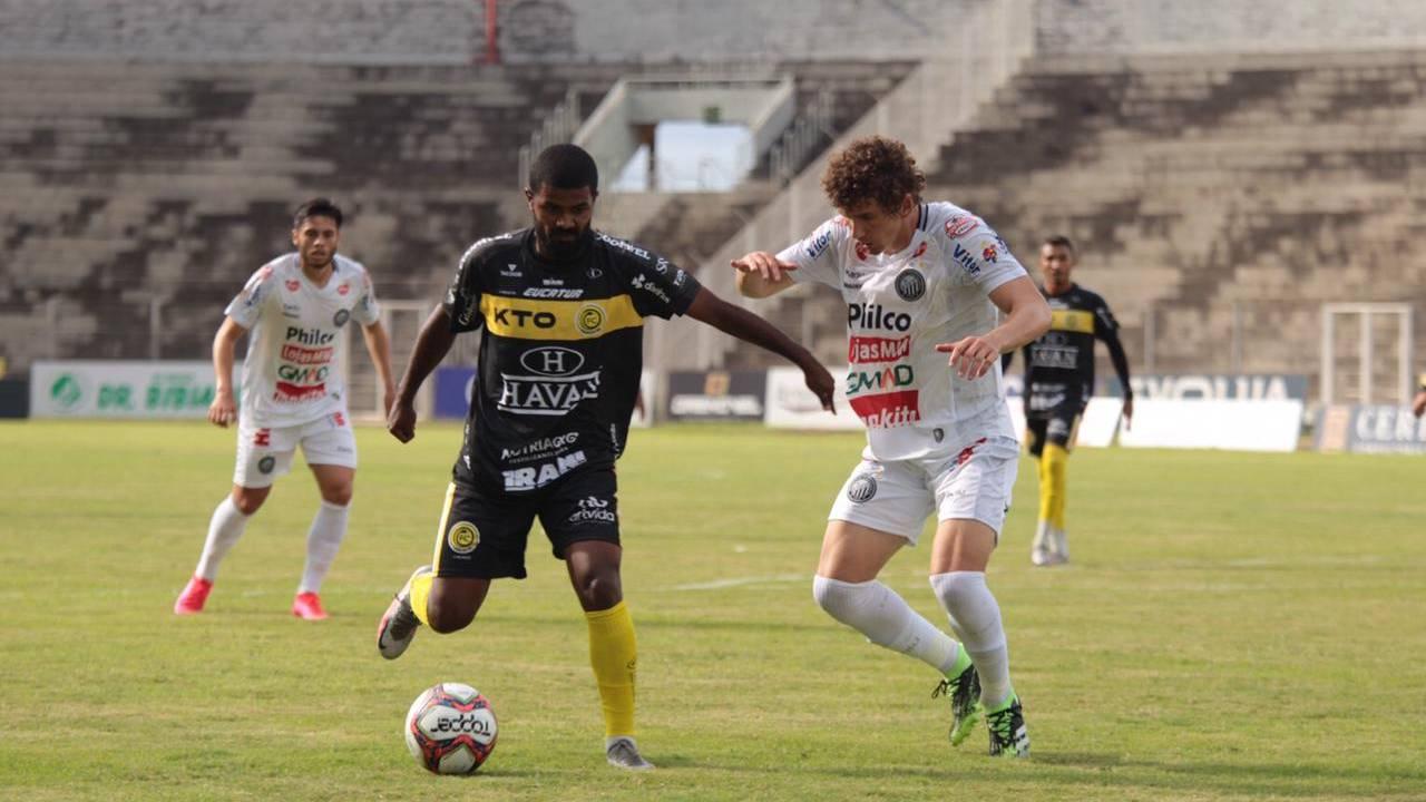 FC Cascavel vence Operário por 1x0, se isola na liderança do Campeonato Paranaense