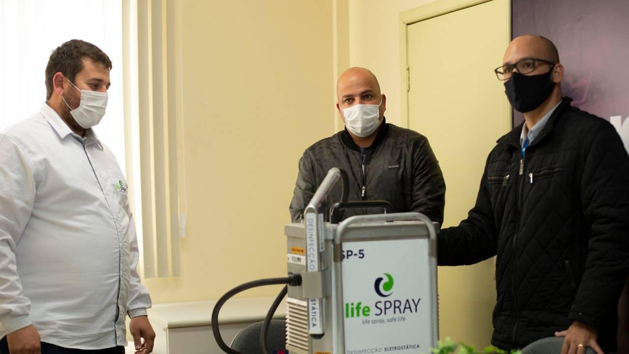 Huop conta com pulverizador com eletrostática para desinfecção hospitalar