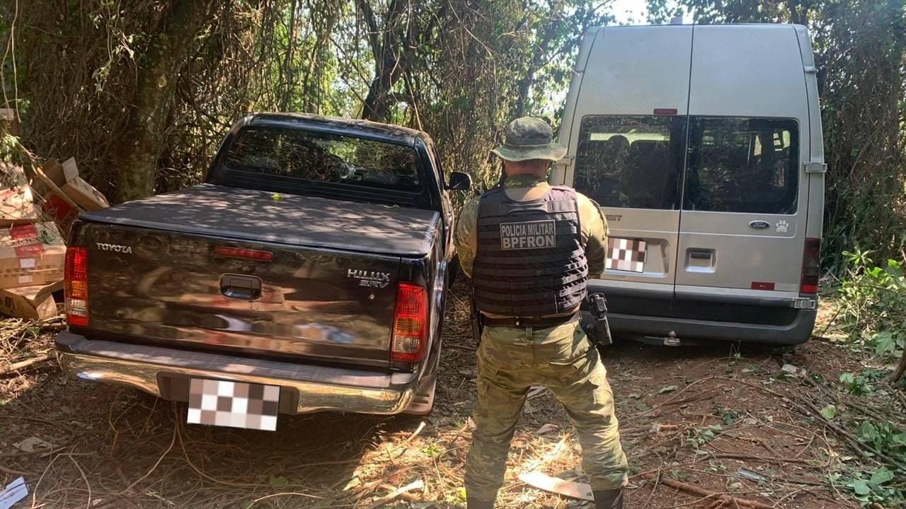 BPFron apreende dois veículos carregados com cigarros contrabandeados em Terra Roxa