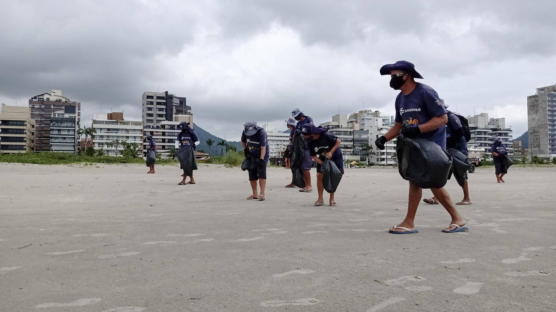 Meio Ambiente: Cigarro jogado nas praias é um dos maiores poluidores
