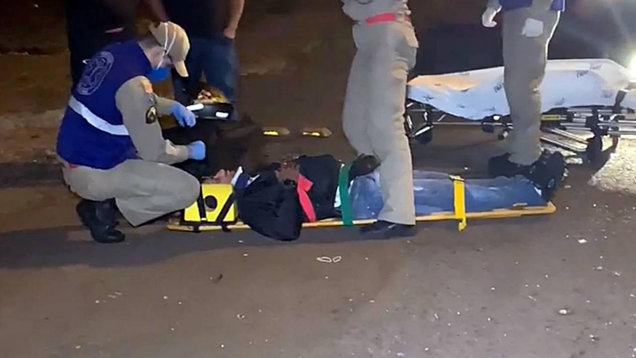 Motociclista desvia de cachorro e fica ferido após colisão de trânsito no Bairro Auto Alegre