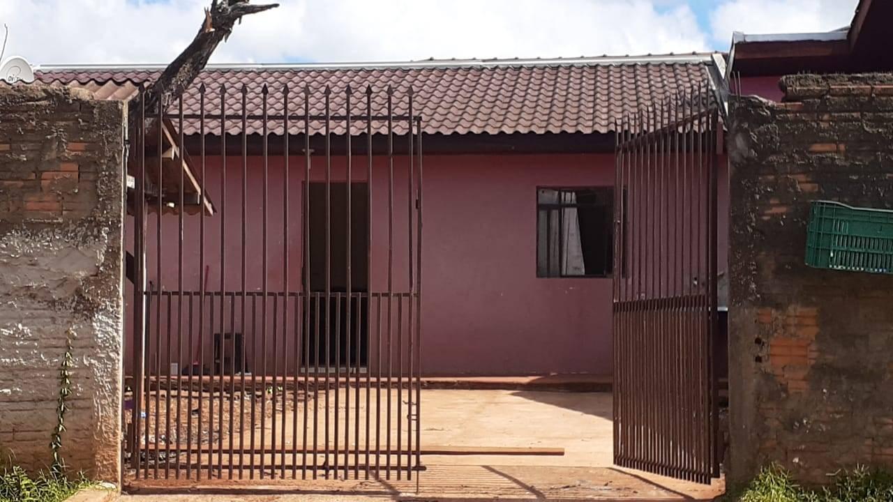 Homem é encontrado morto dentro de residência no Bairro Guarujá, em Cascavel