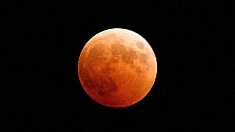 Superlua de sangue nesta quarta será resultado de eclipse lunar; entenda