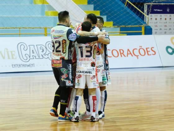 Cascavel Futsal defende invencibilidade pela Liga Paraná