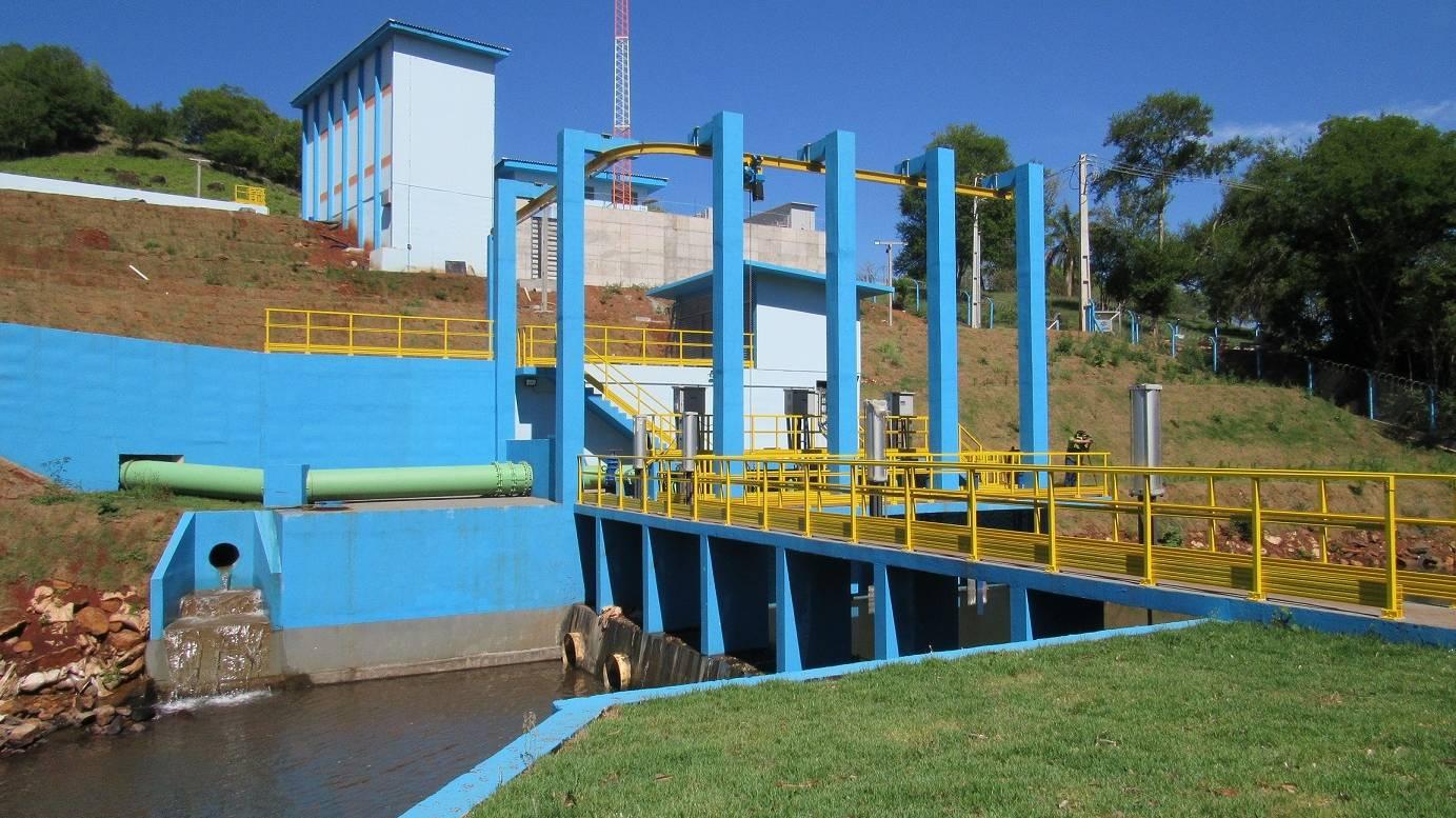 Sanepar faz novas interligações para ampliação do abastecimento de Cascavel