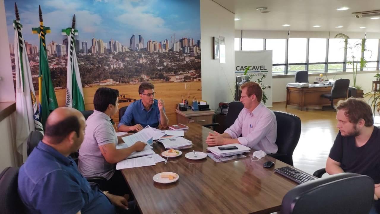 Sanepar: Prefeitura discute contrato e viabilidade de municipalização