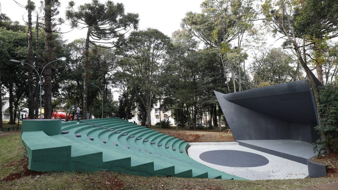 Praça do Country é revitalizada