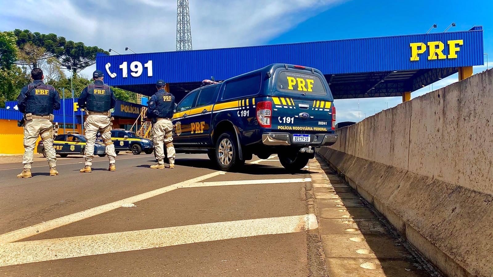 PRF impulsiona série de operações de segurança viária em Foz do Iguaçu
