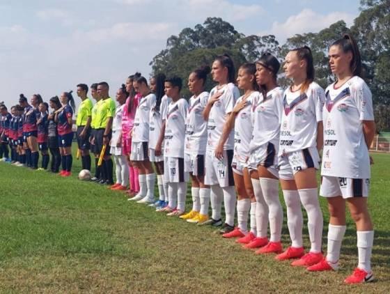 Toledo Esporte Clube feminino estreia com vitória no Campeonato Paranaense
