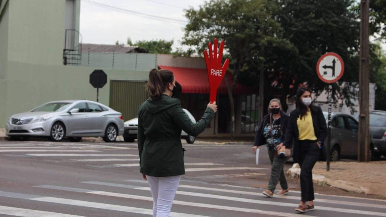 Maio Amarelo: Ação educativa busca diálogo entre pedestres e condutores