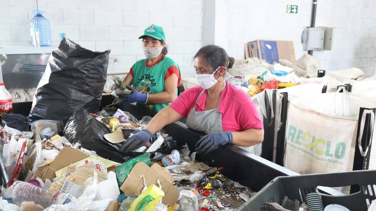 Ecoponto do Santa Cruz já reciclou 56 toneladas de materiais no primeiro mês de atividade