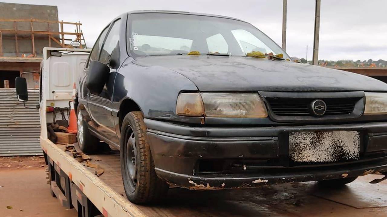 DH apreende veículo usado no homicídio de Jean Carlos Ferreira no Bairro Lago Azul