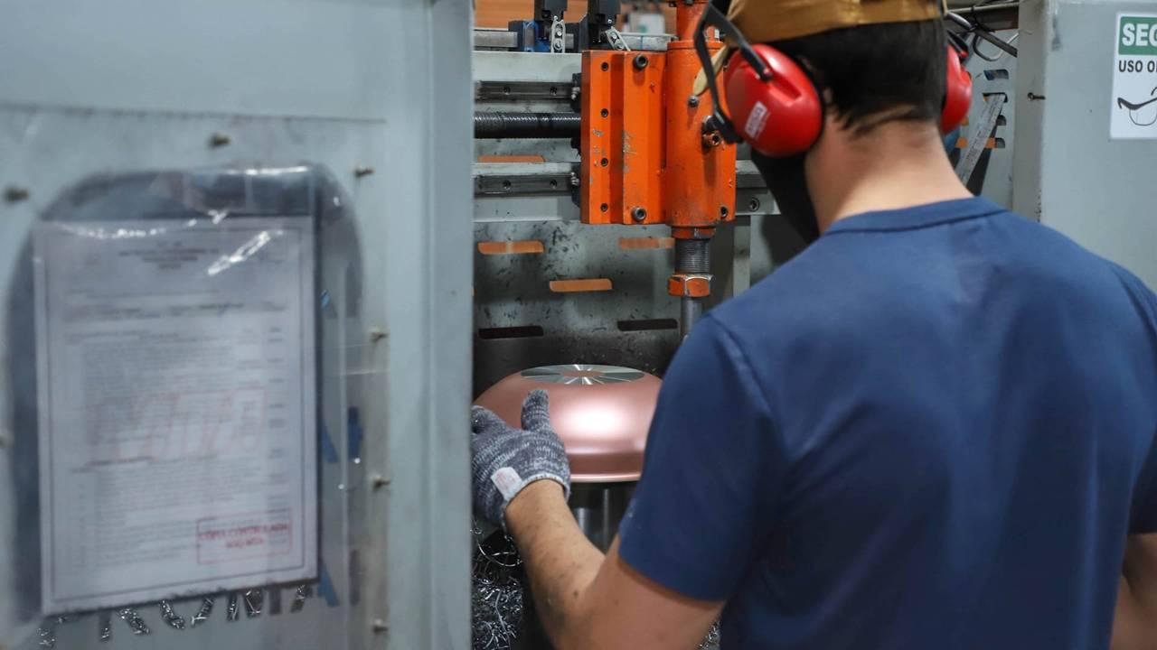 Paraná abriu 118.316 postos de trabalho no primeiro semestre, melhor resultado desde 2011