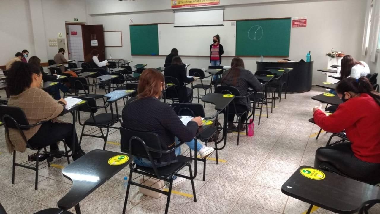 Educadores realizam a primeira etapa do Processo de Seleção para Coordenador Pedagógico de CMEI