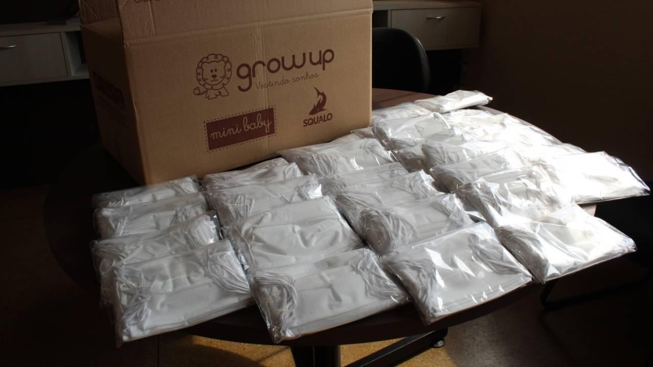 Loja Grow Up doa máscaras para a Secretaria de Saúde
