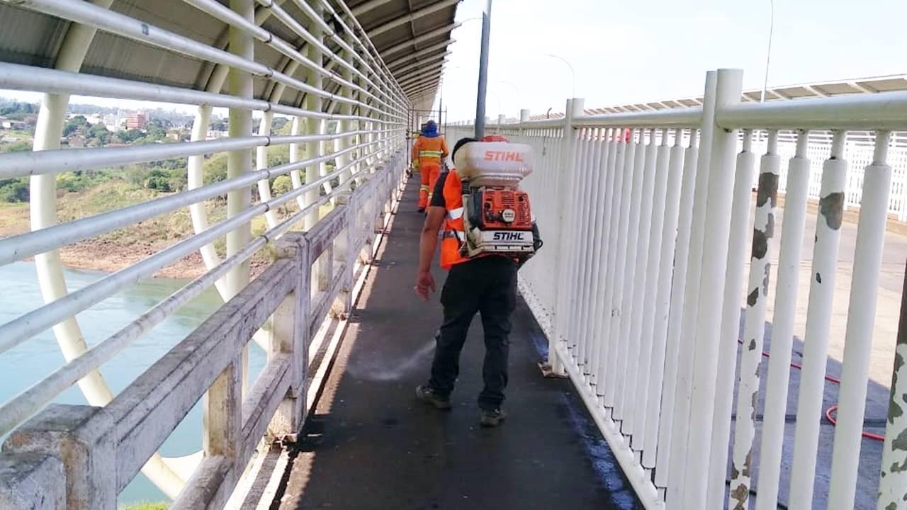 DNIT realiza limpeza e desinfecção da Ponte Internacional da Amizade