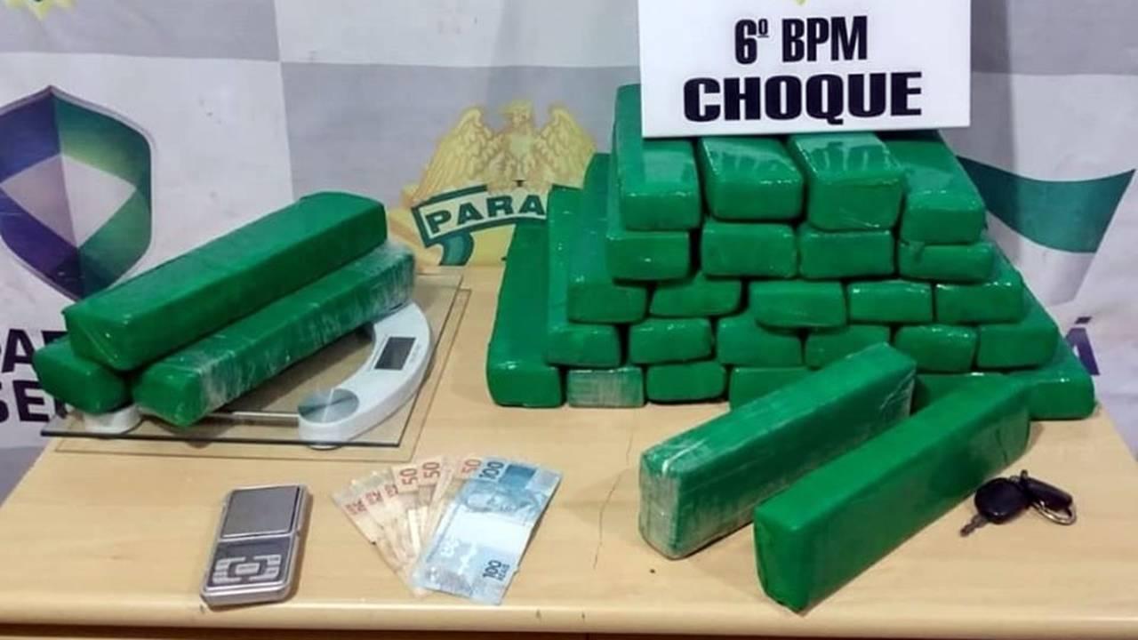 Dupla é detida com 28 tabletes de maconha no Bairro Novo Milênio