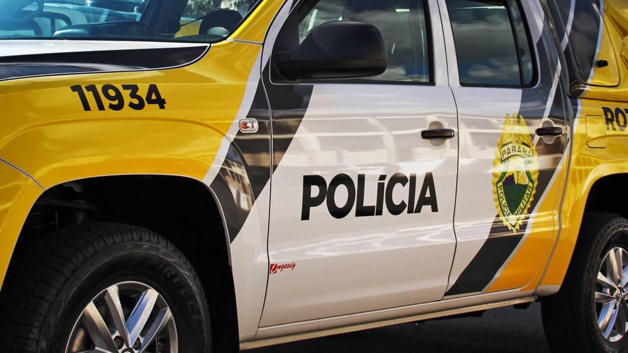 Rapaz agride mulher, bate no filho dela e diz para policial que vai matá-lo em Nova Santa Rosa