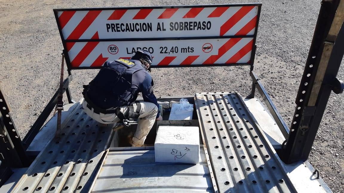 PRF apreende grande quantidade de celulares na BR-277 em Catanduvas