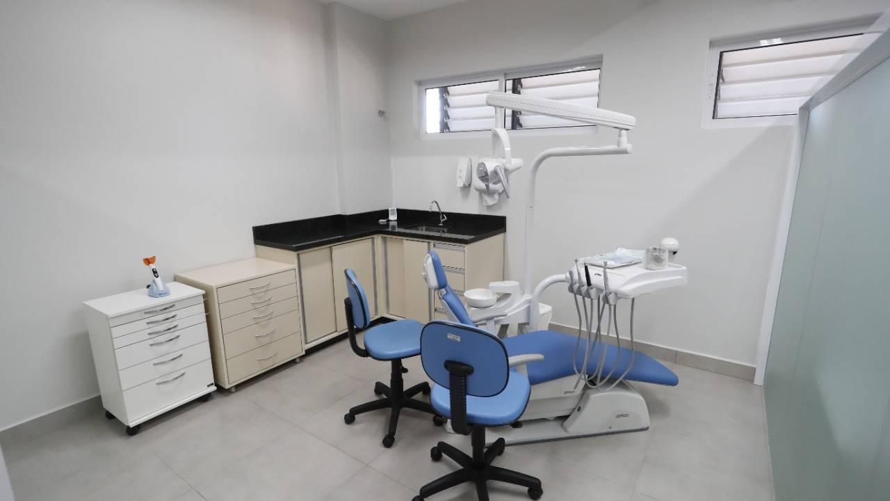 Com 20 mil procedimentos mensais, Cascavel é referência em saúde bucal no serviço municipal