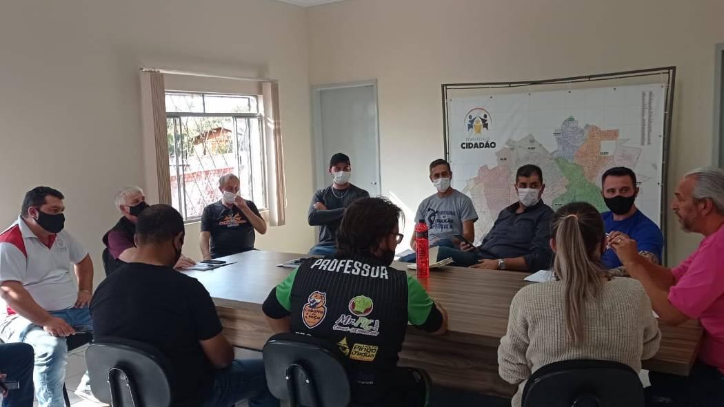Após suposto fechamento do C.E Cancelli, Escolinha de Futsal entra em acordo com Ass. de Moradores