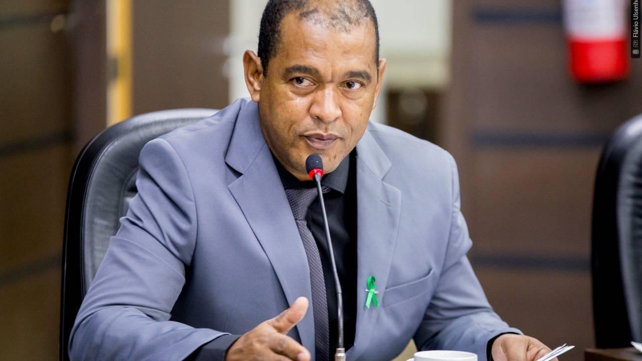 Madril questiona se Prefeitura entrou com ação regressiva contra guardas agressores