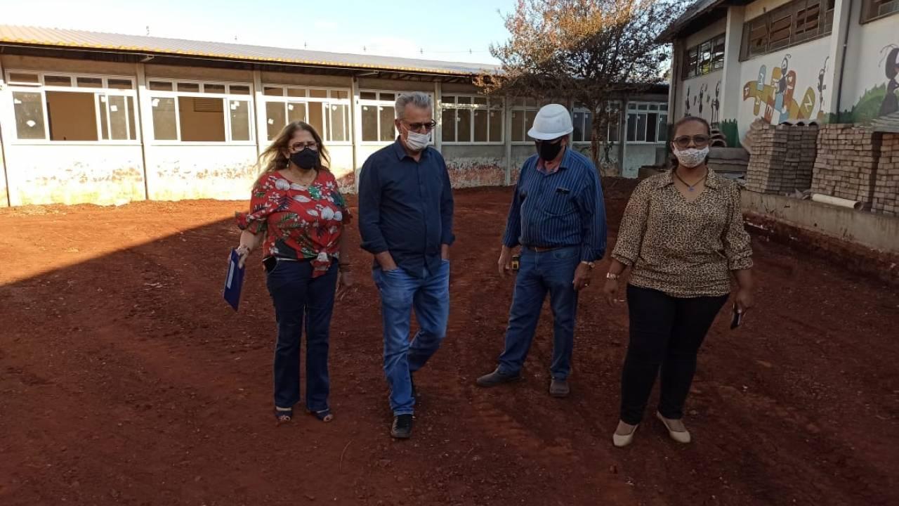 Comissão de Educação visitou três escolas municipais em obras