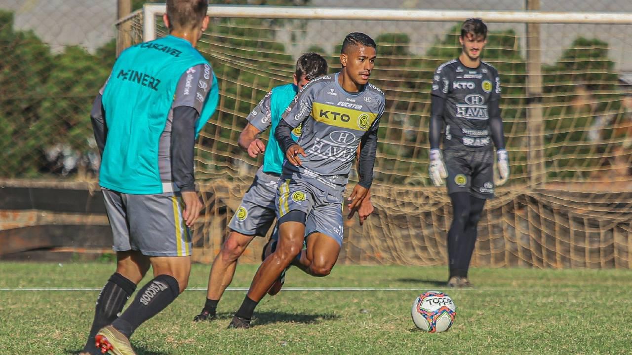 Sem jogos pelo Campeonato Paranaense, FC Cascavel foca em partida contra o Avaí pela Copa do Brasil