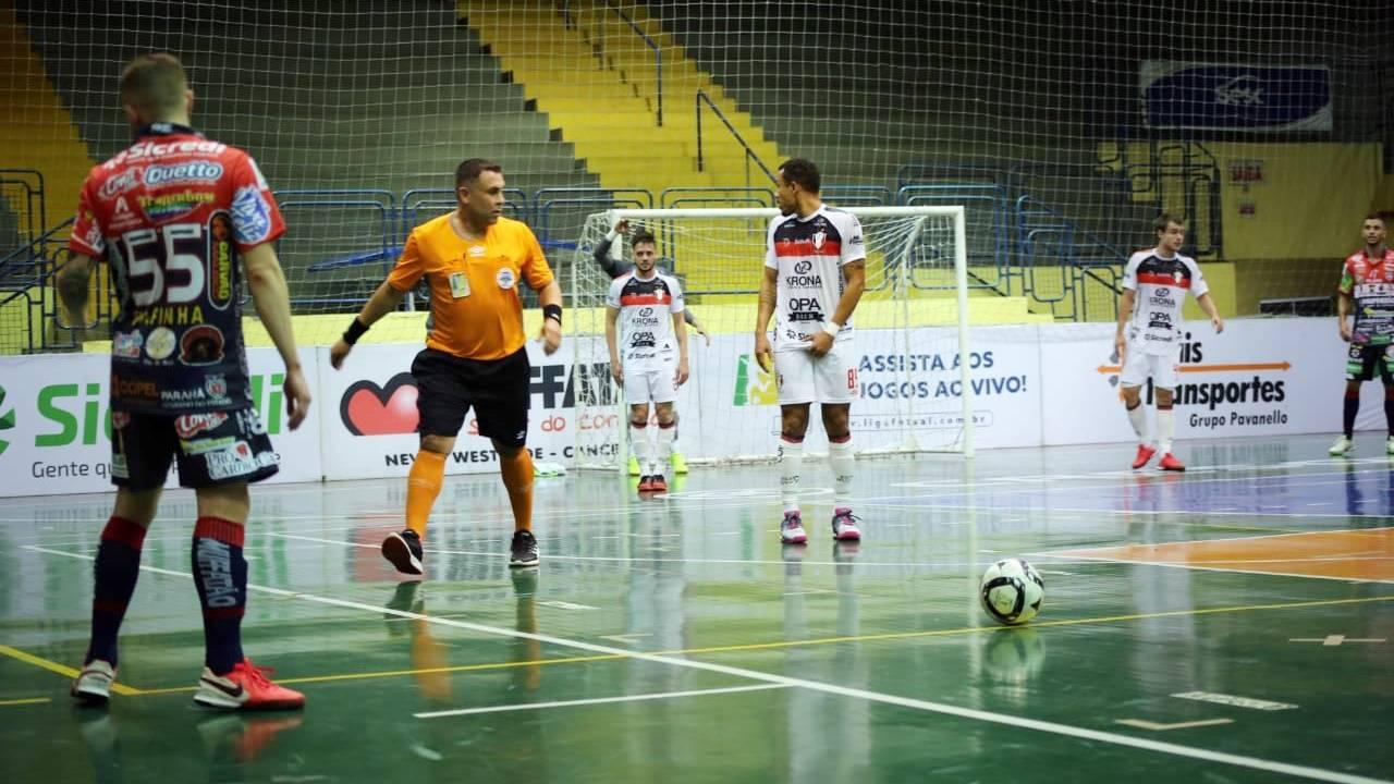 Cascavel Futsal se impõe fora de casa e derrota o Joinville pela Liga Nacional