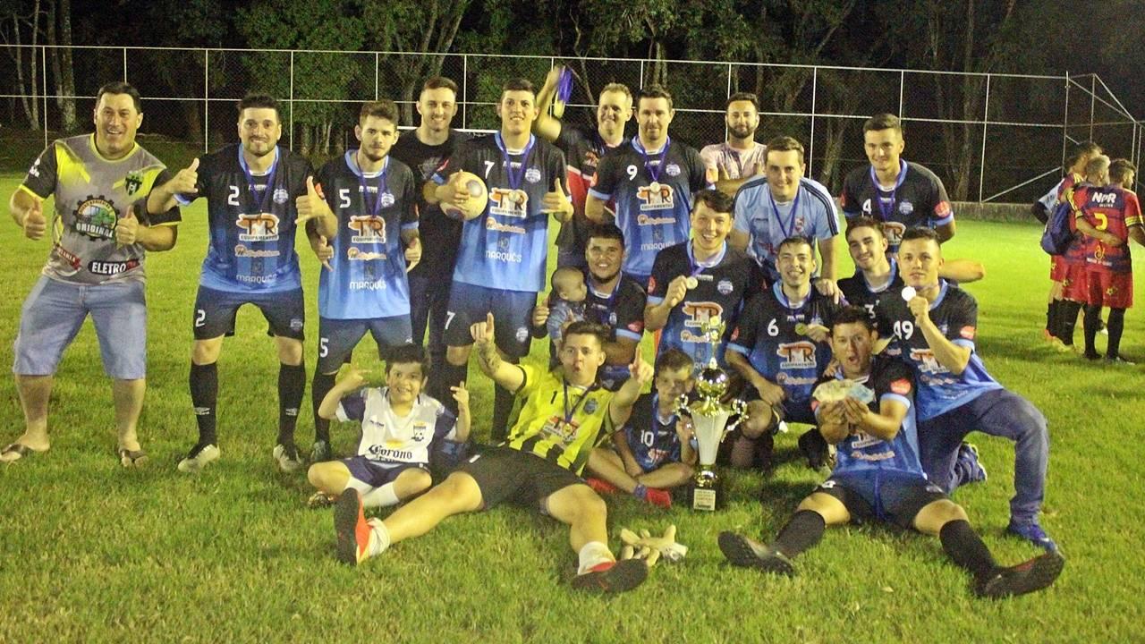 São Pedro vence Os pias do Chip nos pênaltis e leva o título da 2ª Copa NPR/Lado Oposto de Futebol