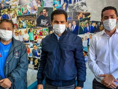 Vereadores participam de reunião para viabilizar torre de celular para São Salvador